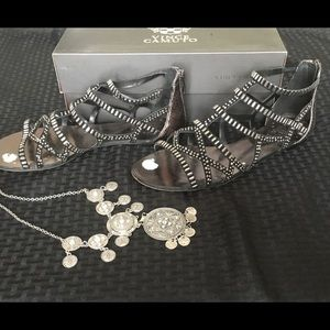 Vince Camuto Shoes - 🇺🇸SALE🇺🇸💎Vince Camuto Gladiator Bling Sandals